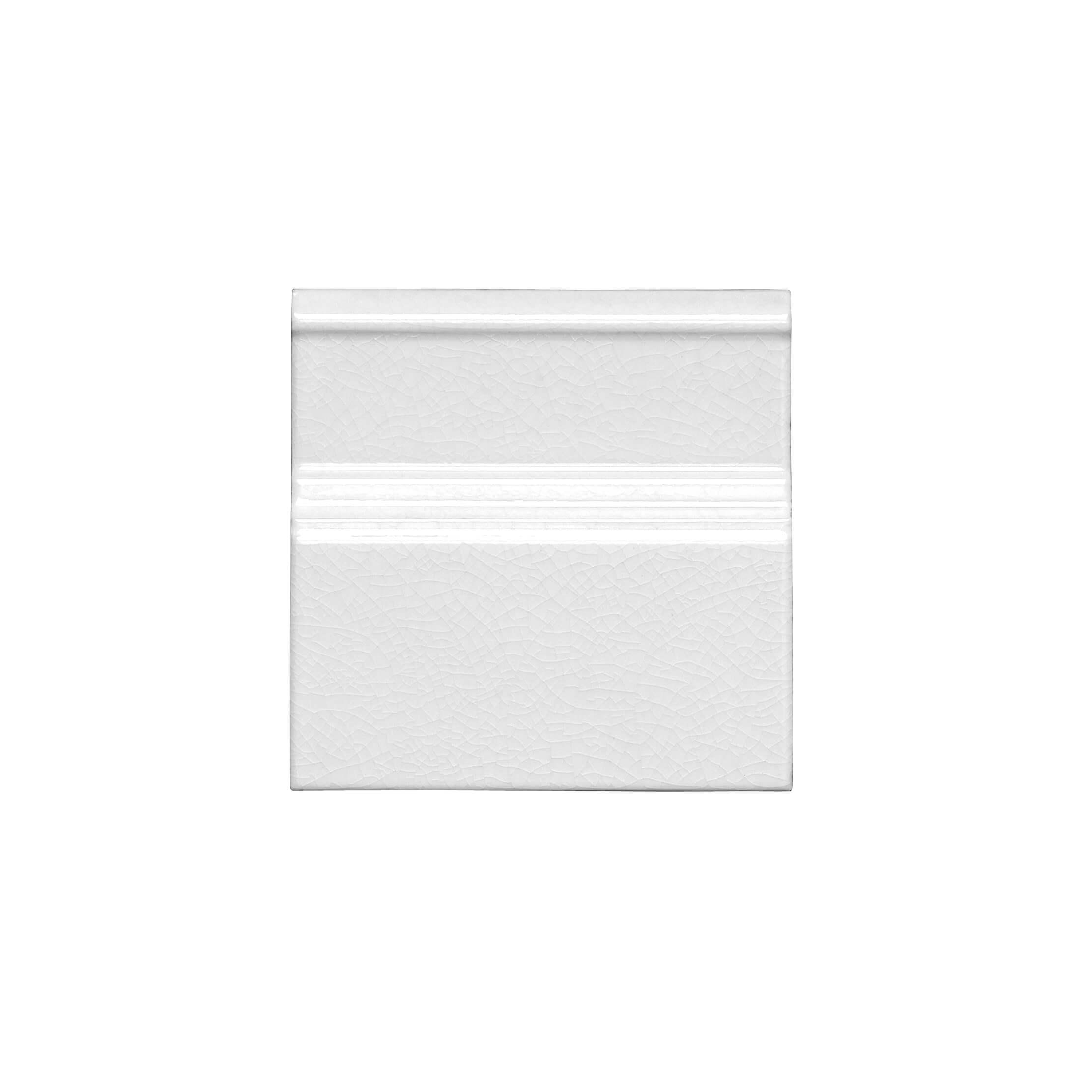 ADMO5202 - RODAPIE CLASICO C/C - 15 cm X 15 cm