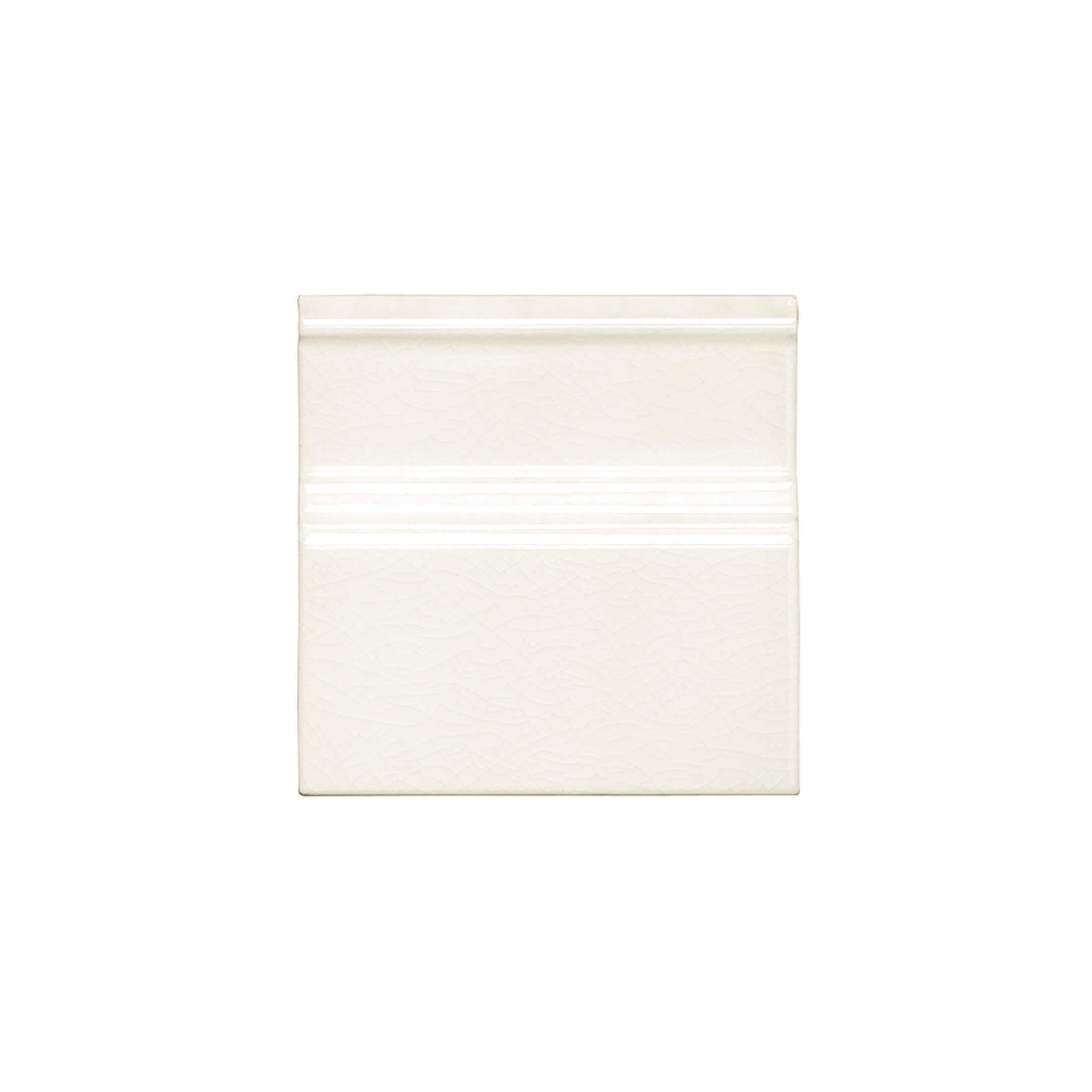 ADMO5203 - RODAPIE CLASICO C/C - 15 cm X 15 cm